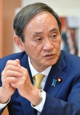 菅義偉官房長官 携帯料金の大幅値下げ時期 来年10月の見通し 「もっと安いほうがいい」
