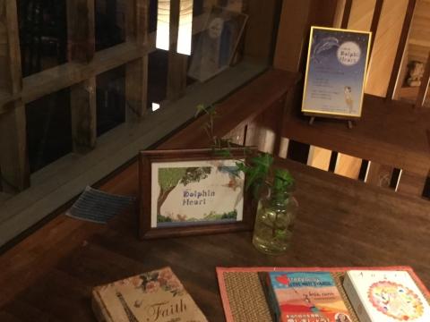 癒しカフェ マジックマレット テーブル