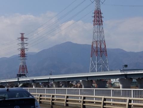 戸沢橋より大山を望む