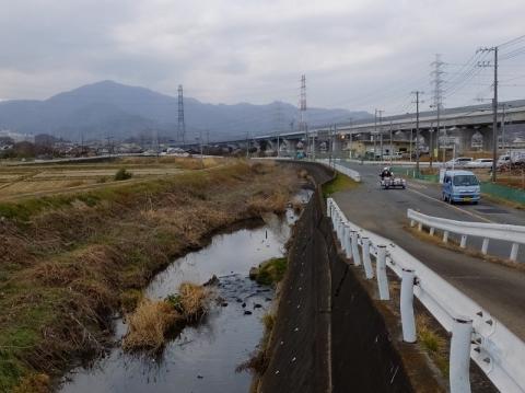 渋田川と柏尾通り大山道
