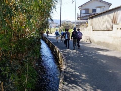 千石堰用水路と大山道