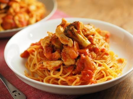 鶏むね肉のトマトパスタ030