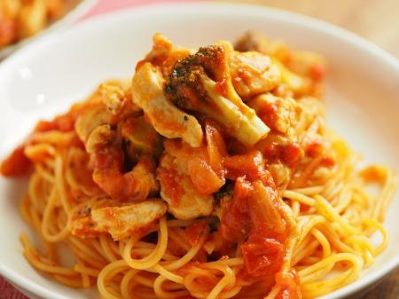 鶏むね肉のトマトパスタ026