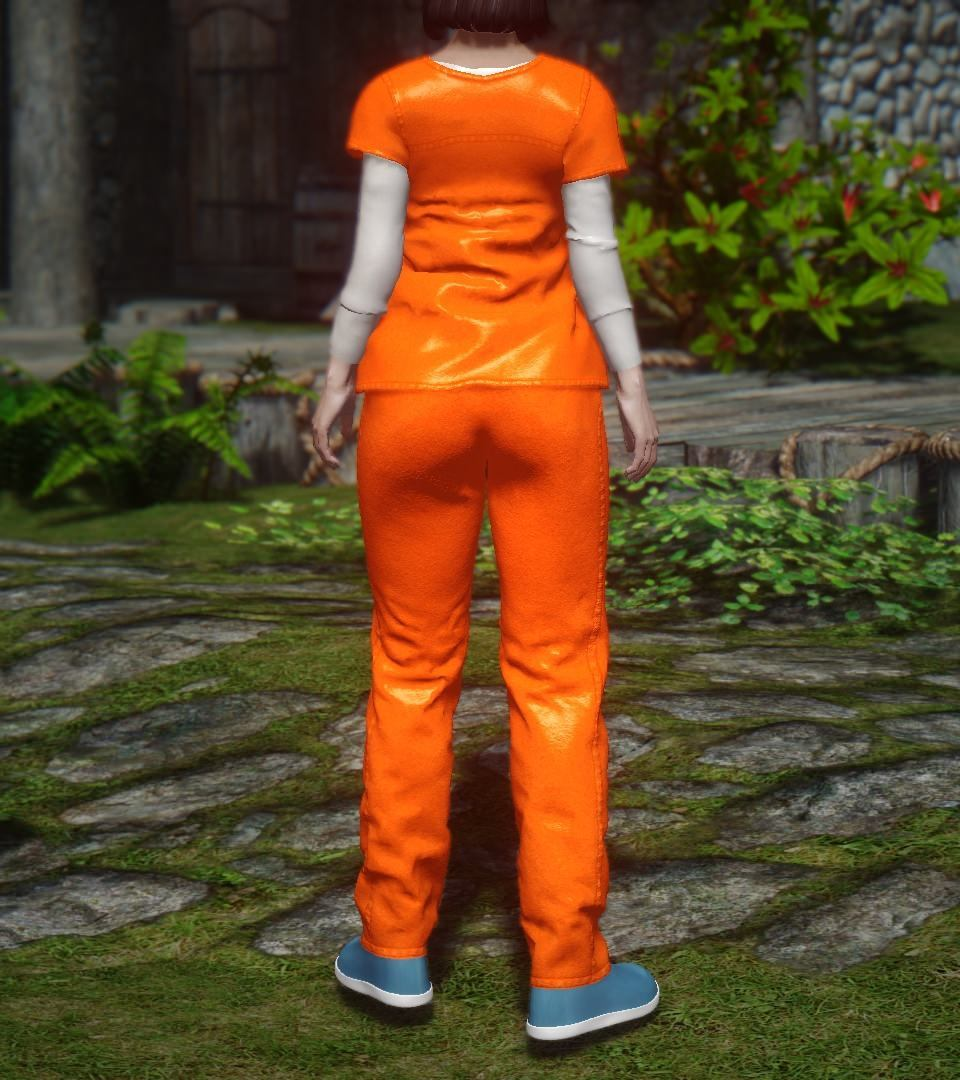 Prisoner_Clothes_UNPB_3.jpg