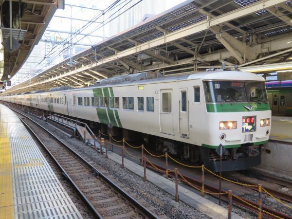 朝の東京駅3