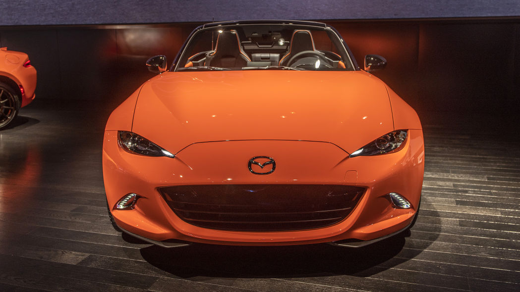 2019-mazda-mx-5-miata-30th-anniversary-edition-1 (2)