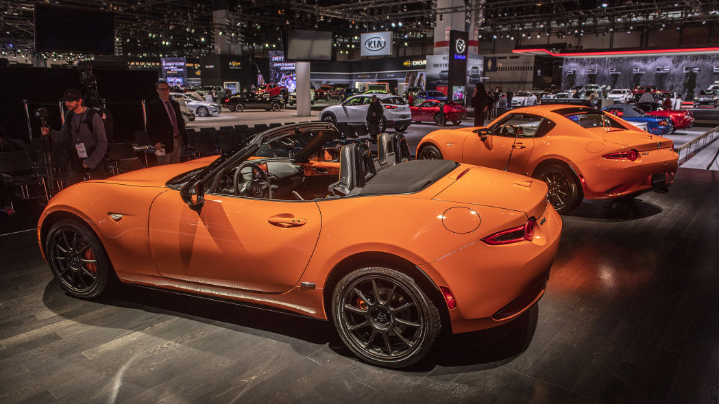 2019-mazda-mx-5-miata-30th-anniversary-edition-1 (1)