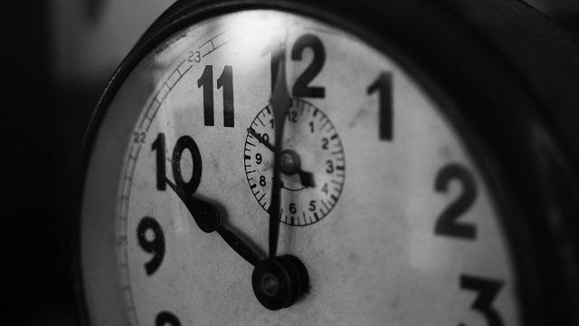 clock-1031503_1280[640]