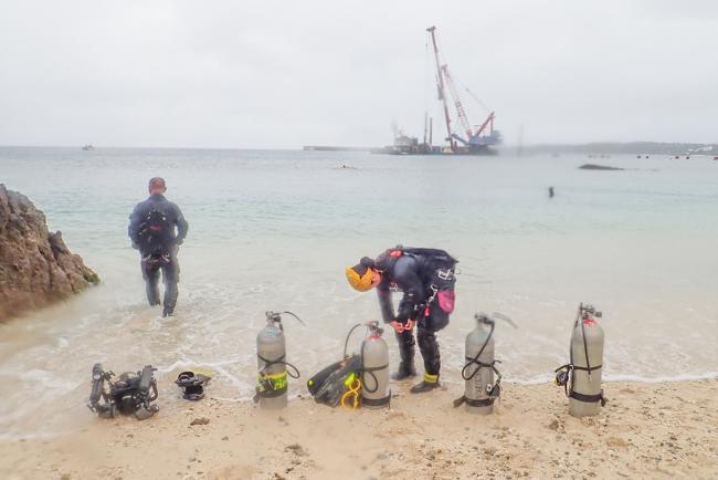 サイドマウントで潜る沖縄ダイブ