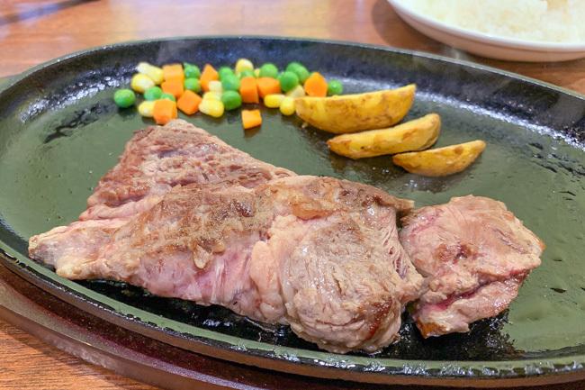 本部町で¥1,000円ステーキ 5