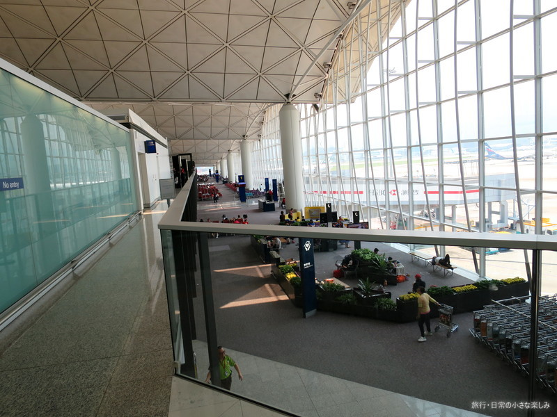 香港空港 ラウンジ