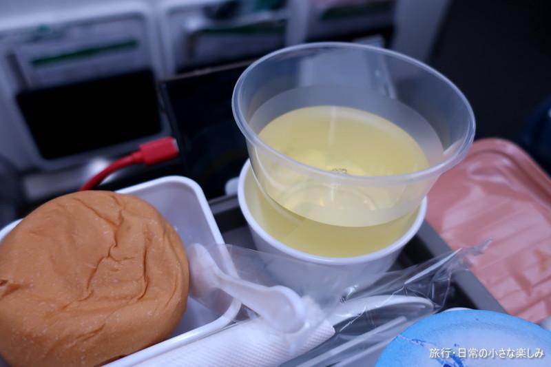 CX716 キャセイパシフィック A350-1000 機内食