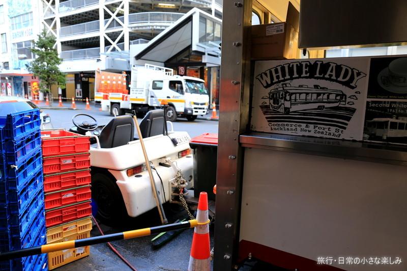 The White Lady ニュージーランド ハンバーガー 移動式