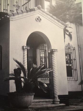 松籟荘玄関