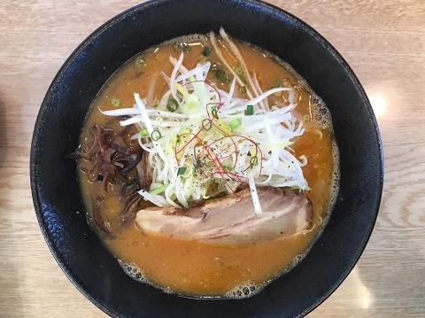 濃厚味噌豚骨4