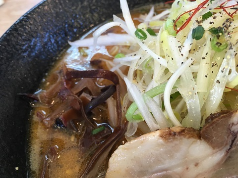 濃厚味噌豚骨2