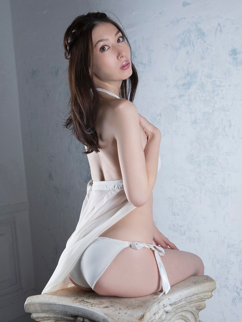 kobayashi_emi058.jpg