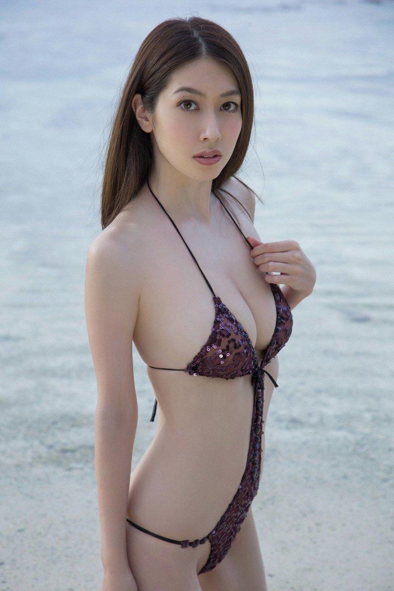 kobayashi_emi060.jpg