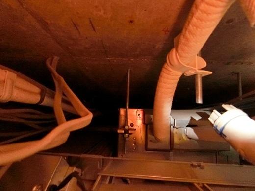 天井裏エアコン