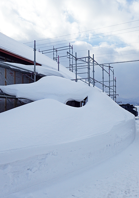 風雪寒さ厳しい冬に建てたからこそ05