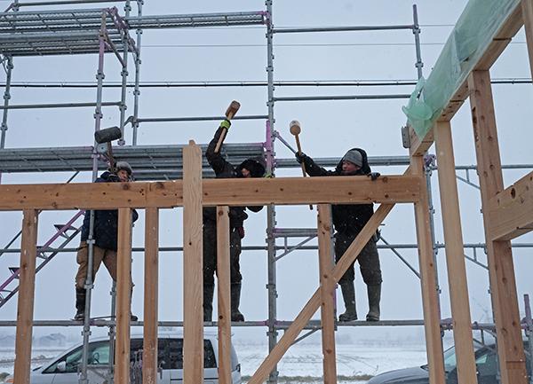 風雪寒さ厳しい冬に建てたからこそ09
