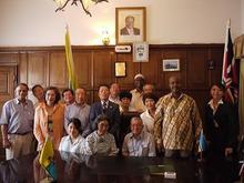 ピースボート ヒバクシャ地球一周 証言の航海-モンバサ 副市長