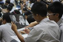 $ピースボート ヒバクシャ地球一周 証言の航海-singapore3