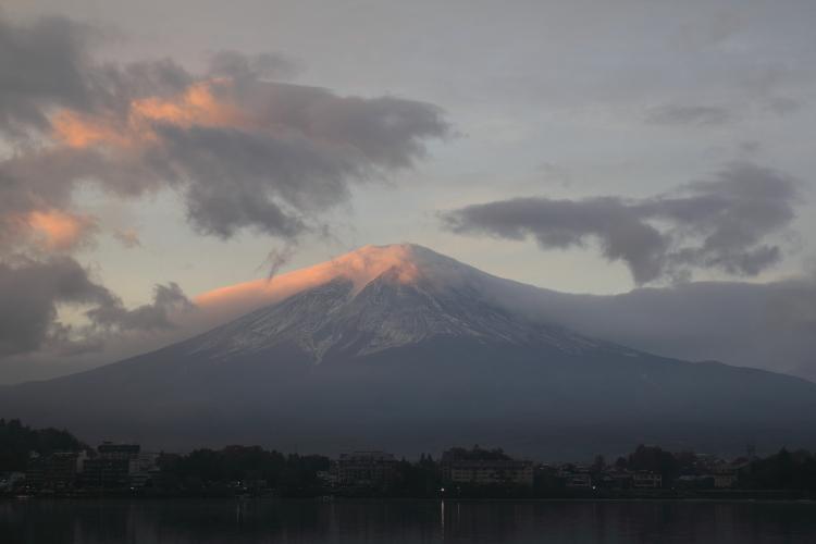 富士山 朝焼け-S3