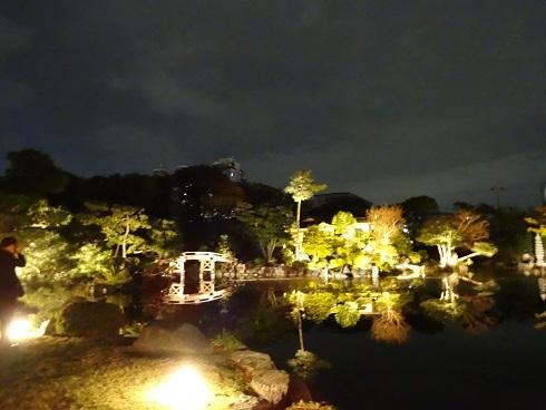 秋の渉成園ライトアップ