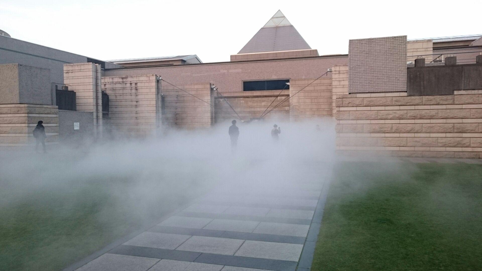 霧の彫刻 昼1