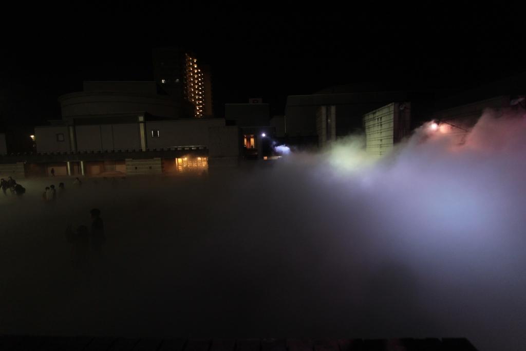 芸術館広場 夜004