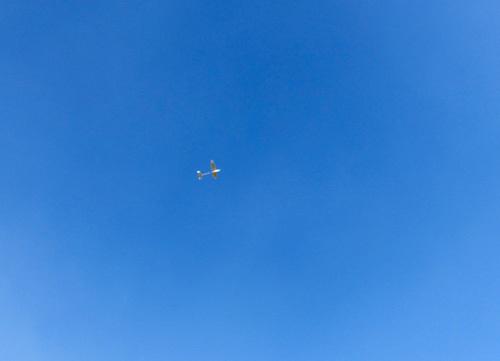 ハンドランチ機、飛行中~。 その1。