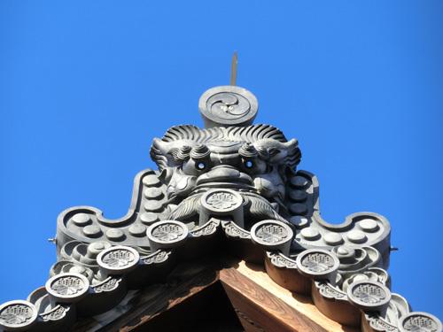 金閣寺、その2。 目が光ってる?