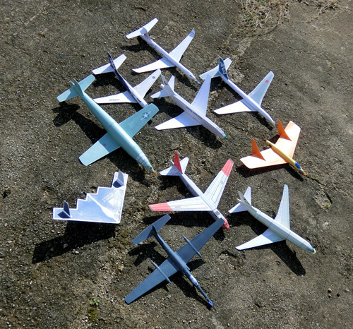 20日W250mm以上の立体胴ジェット機!