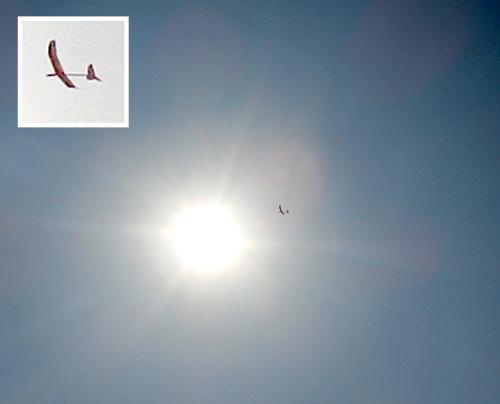 21日、W400 kh-19、飛んでるトコ。