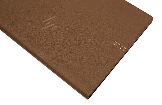 HP Spectre Folio 13_0G1A0605b