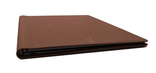 HP Spectre Folio 13_0G1A0996b_02a