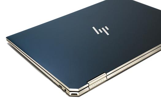 HP Spectre_x360_13_ap0000_0G1A1365-2c