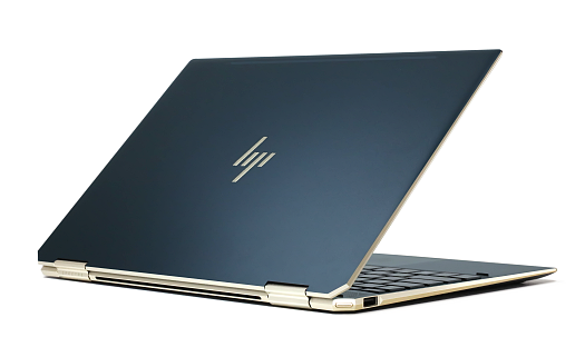 HP-Spectre x360 13-ap0000_ポセイドンブルー_0G1A1619.png
