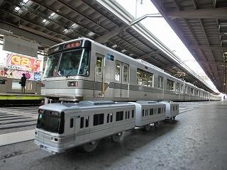 中目黒駅始発列車引上げ方からのコラボ撮影