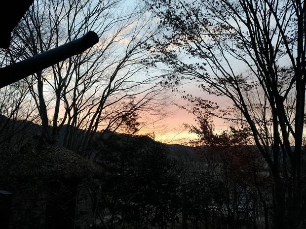 大晦日の寒波明けの朝焼け