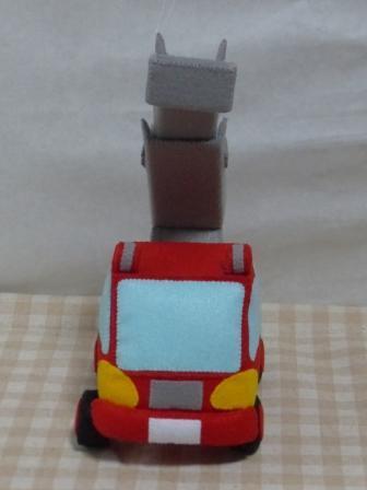フェルト手芸 消防車 6