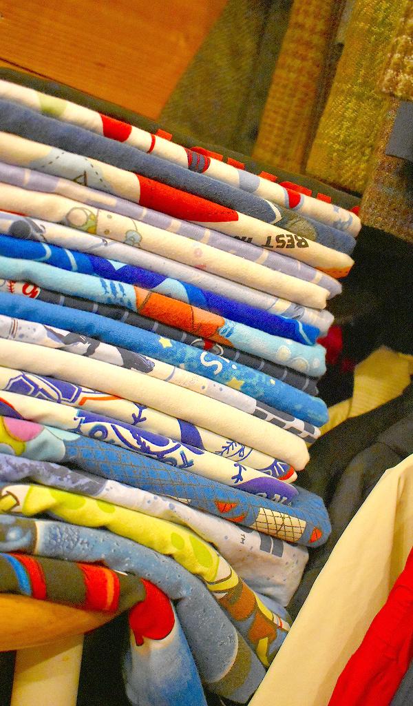 東京都北区王子の古着屋カチカチ店内画像02