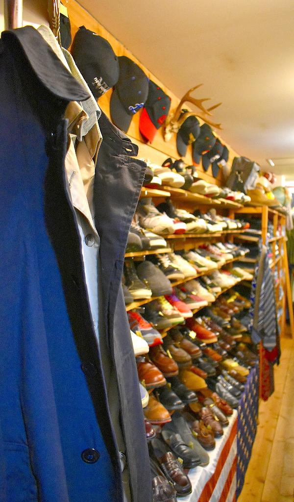 クリスマススペシャルセール古着屋カチカチ店内画像Used Clothing Shop@Tokyo Japan02