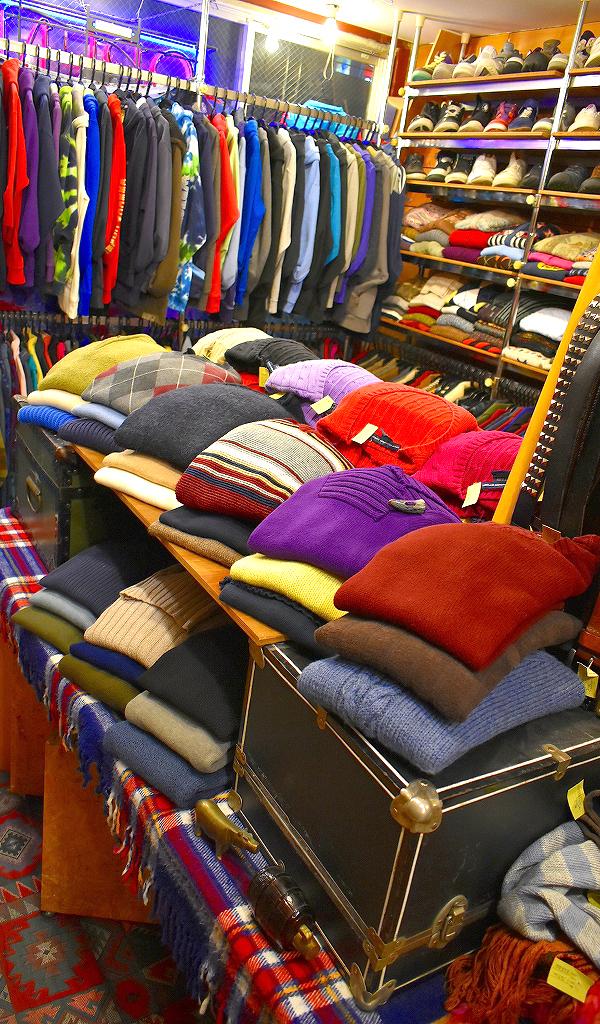 クリスマススペシャルセール古着屋カチカチ店内画像Used Clothing Shop@Tokyo Japan09