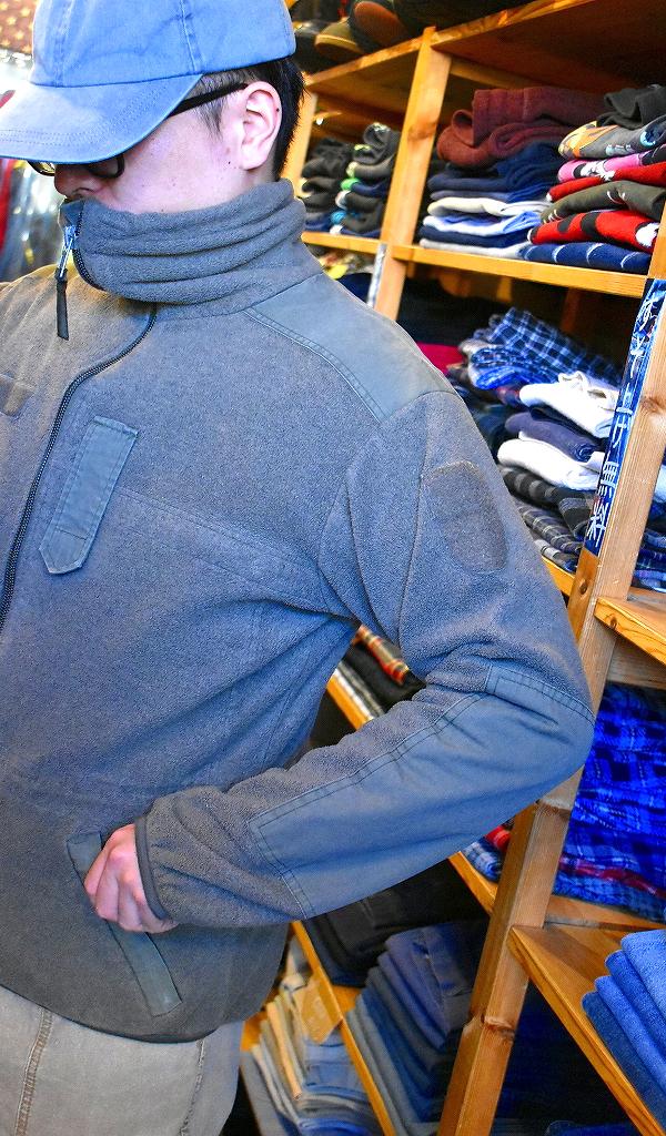 イギリス直輸入ユーロミリタリー軍物アウタージャケット画像メンズレディースコーデ@古着屋カチカチ