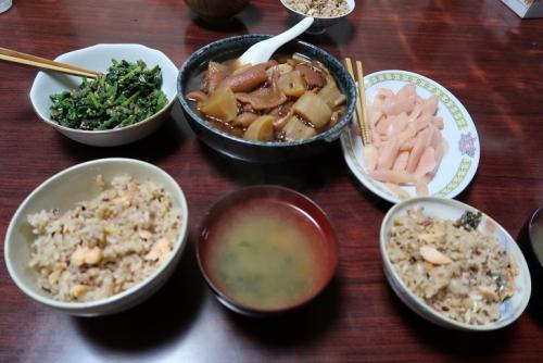 腹子飯のイクラ抜き(笑) 豚皮と大根の煮物