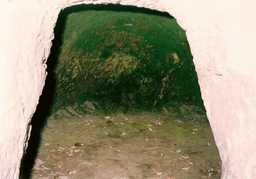吉見百穴横穴墓群