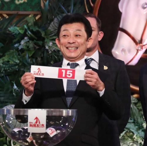 【有馬記念】8枠15番シュヴァルグランの取捨で問われる競馬センス