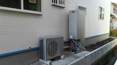 赤坂新町 竹中邸 ハイブリット給湯器の設置